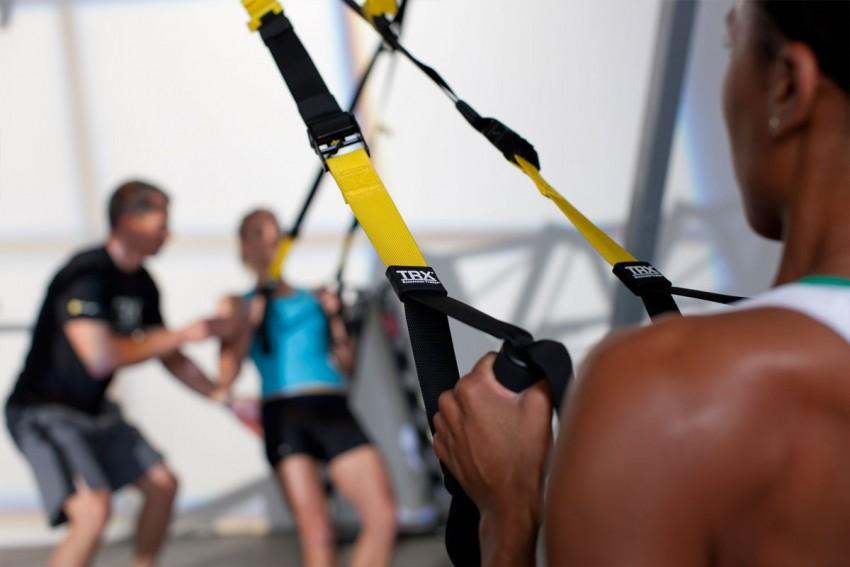 Тренировка с петлями TRX: упражнения для всех уровней