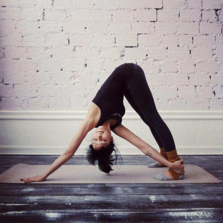повредить оптику йога фото позы на одного как ухаживали ними